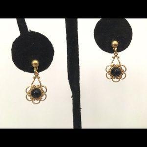 """Jewelry - Earrings black bead w daisy gold tone 3/4"""""""